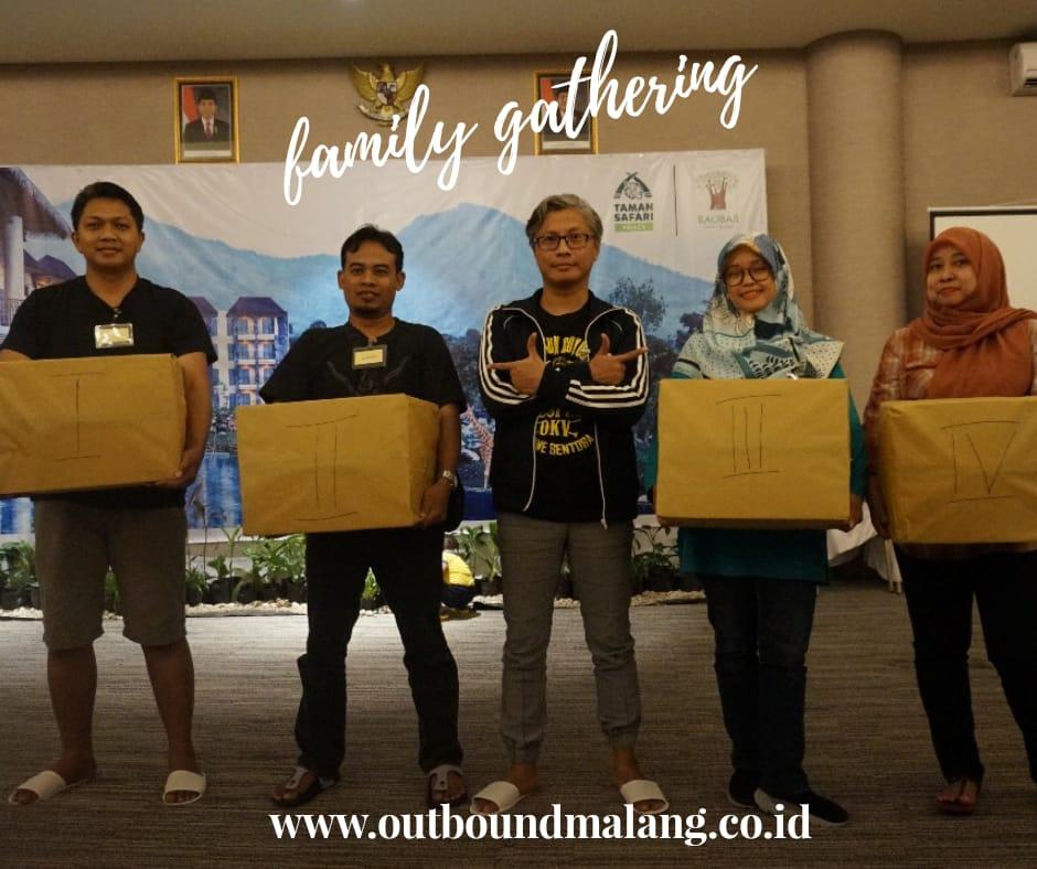 Family gathering keluarga besar desain produk & DKV ITS. outbound di batu malang,